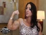 La chica fitness Brandi Mae se masturba para ti