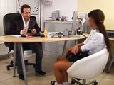 Veinteañera muy zorra en una entrevista de trabajo