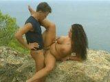 Follada romántica con su novia tetuda