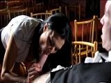 Mamada brutal en la primera cita - Video de Actrices Porno