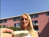 Casada follada en la calle por dinero - Video de Casadas Infieles