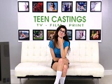 El debut en el porno de Ava Taylor con 18 años - Video de Actrices Porno