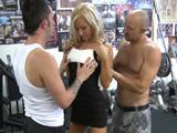 Los boxeadores se la follaron sin piedad - Video de Trios X