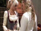 La señora y la criada se comen los coños sin parar