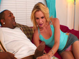 Un rabo gordo para la divorciada - Video de Interracial XXX