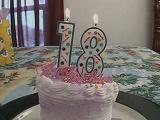 Regalo por su 18 cumpleaños: Una doble penetración