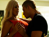 Los pechos de Bridgitte B son pura tentación - Video de Actrices Porno