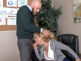 Así se sube el sueldo a las secretarias - Video de Rubias