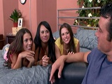 Las amigas de su hermana querían rabo - Video de Orgias Porno