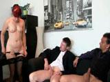 La jefa se folla a dos de sus empleados - Video de Trios X