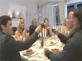 Cena de nochebuena acaba en una orgia brutal