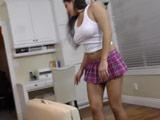 Menudo zorrón es la hermana de mi amigo - Video de Morenas