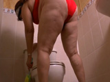 Tras la limpieza, toca disfrutar un poco - Video de Masturbaciones