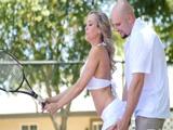 Las clases de tenis eran una excusa - Video de Casadas Infieles