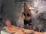 Así da gusto ser torturado… - Video de Rubias