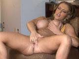 Jenna Presley, una zorra ante la webcam porno