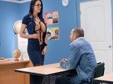 La profesora zorrea con su joven alumno..