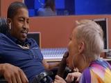 Se folla al productor musical negro.. - Video de Maduras Milf