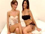 Carol Sevilla y Valentina Bianco gozando juntas