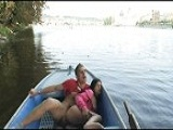 Me pidió que la follara en la barca - Video de Amateur