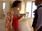 Mi excitante trabajo como portero de casa - Video de Maduras Milf