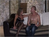 Ama de casa se gana un sobresueldo - Video de Casadas Infieles