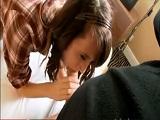Universitaria nos enseña lo que sabe hacer - Video de Jovencitas