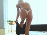 Mamá se pone muy sexy para echarme un polvo - Video de Maduras Milf